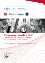 ascensore_scende_sale